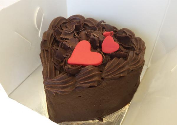 Individual Heart Cake – Valentines Package - Cakes 2 U