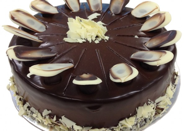 Double Chocolate Mousse Cake - Cakes 2 U