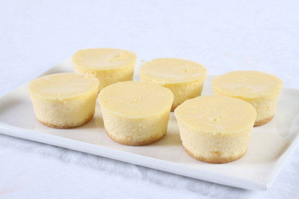 Plain Baby Baked Cheesecakes
